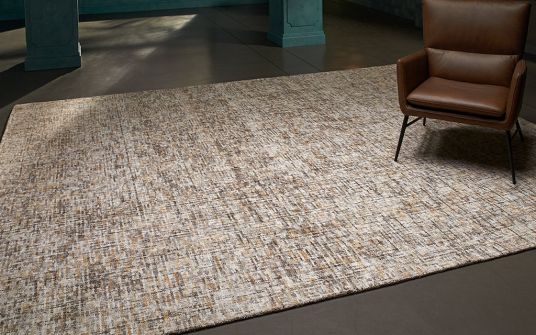 Insignia tawny brown hand tufted rug