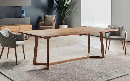 Tropea Australian oak dining table